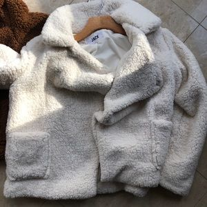 Awesome teddy coat.